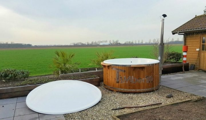 Hottub Fiberglas Met Geïntegreerde Kachel Thermohout Wellness Royal, Marcel, Batenburg, Netherland (5)